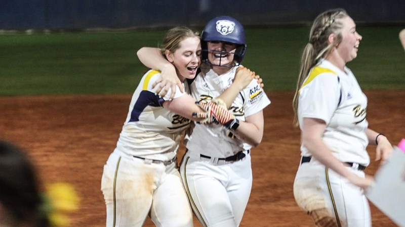 No. 9 softball secures first home sweep with walk-off in extra innings - Truett McConnell University Athletics